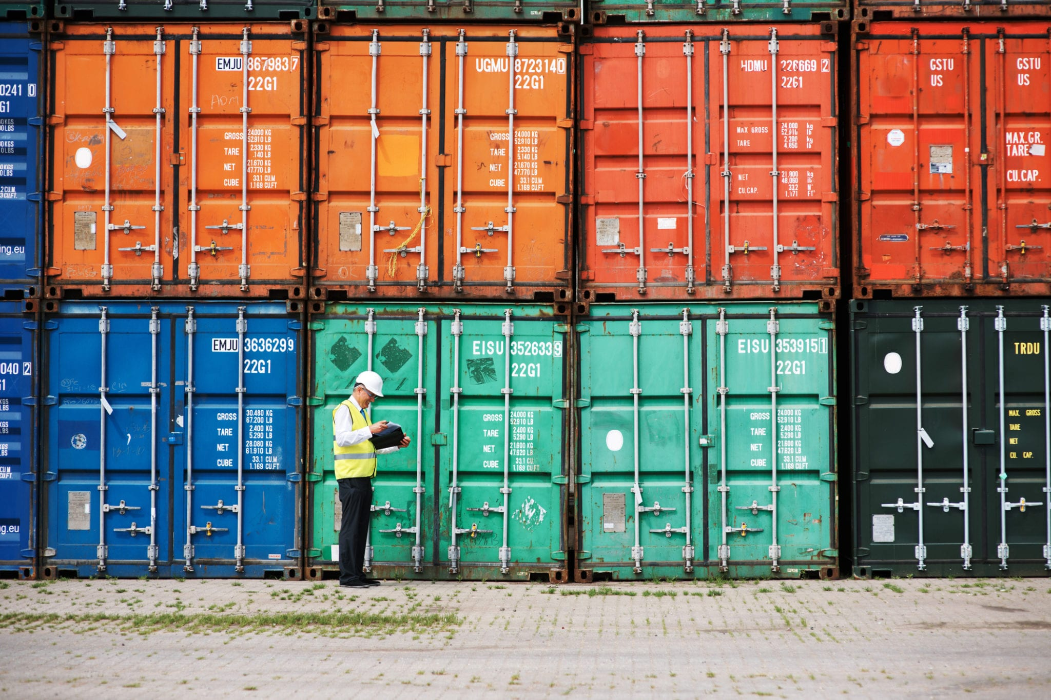 Long Haul Trucking >> Cargo Theft: A Growing Threat to Your Long-Haul Trucking Clients - Prime Insurance Company